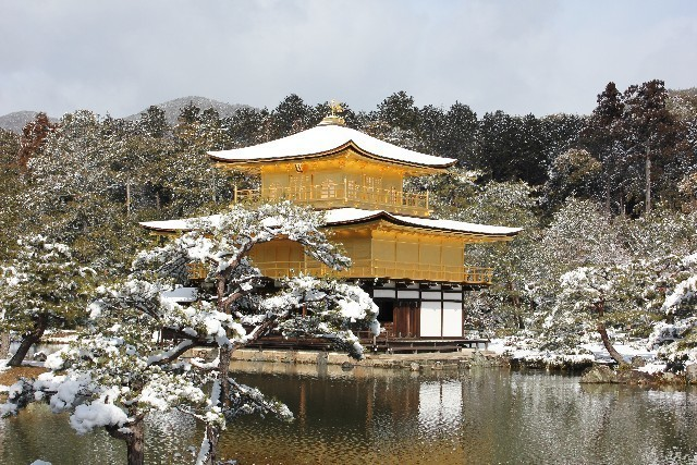 Kinkaku in winter