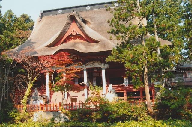 Dewa-sanzan Shrine