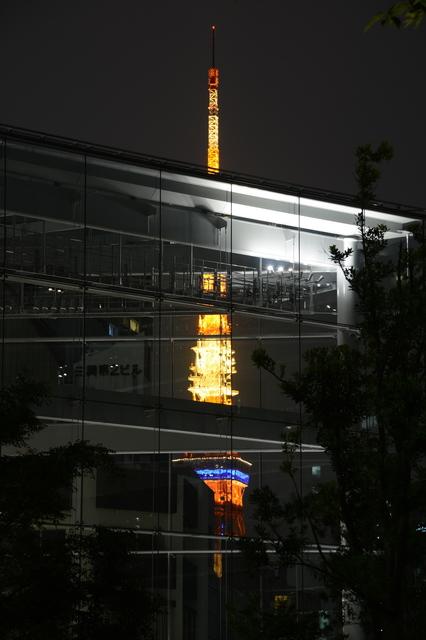 Tokyo Tower from Toranomon Hills